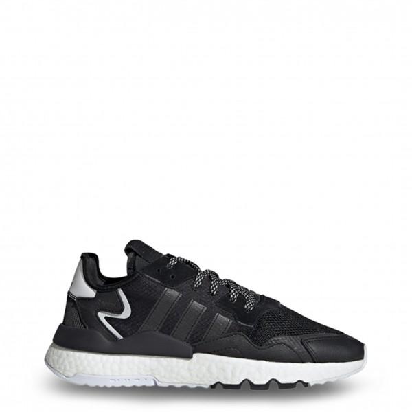 Moderní černé boty Adidas