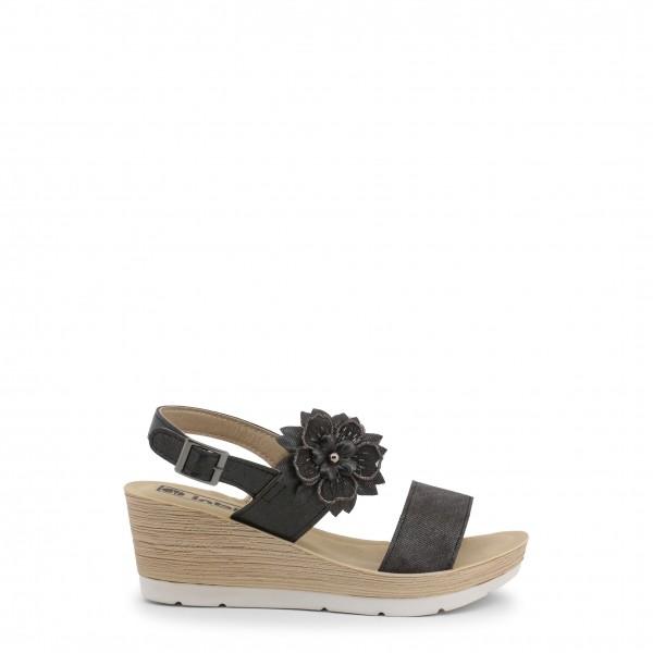 Černé sandálky Inblu na klínku